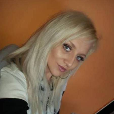 adult lonelys white girl in naryn